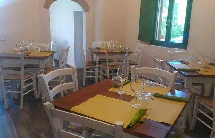 interno della Pizzeria Pizzicotto Fauglia (Pisa)